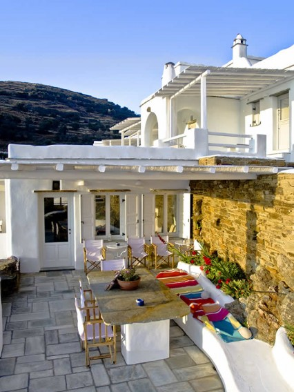 Welcome to Vega Apartments! A newly built (2008) hotel complex of self-contained apartments in the area of Agios Markos (Founaria), Tinos, Cyclades