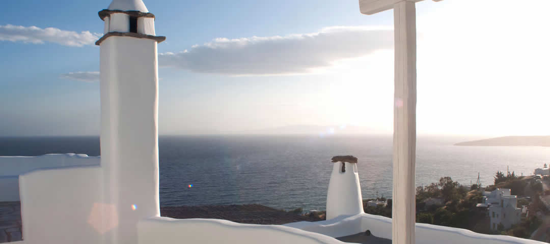 Access to points of interest around Vega Apartments in Tinos, Greece