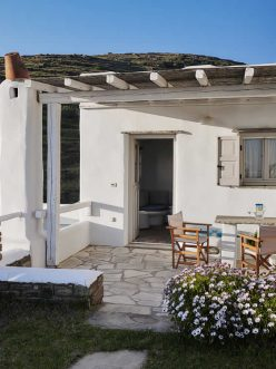 Pollux, Spacious bedroom with double bed, bathroom, kitchen lounge with settee/bed, TV, Vega Apartments in Tinos island, Cyclades | Pollux, διαμονή στην Τήνο