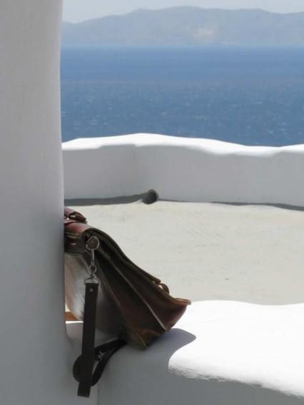 Sirius petite maison à deux niveaux. dbl lit et un simple lit supplémentaire, une salle de bains, une cuisine-salon,TV, une salle de bains et une grande terrasse,Vega Apartments in Tinos island, Cyclades
